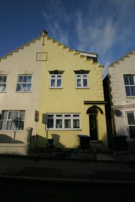 6 Bedroom Semi-Detached Student House, Egham